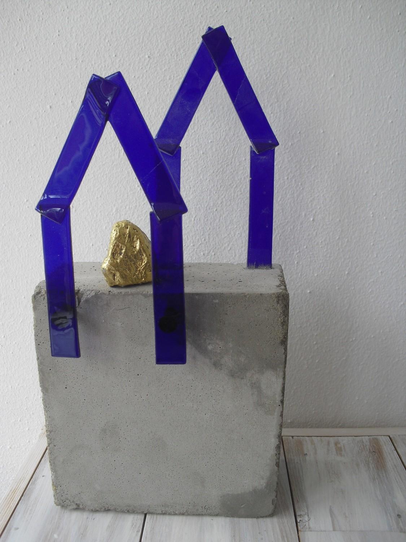 blauw glazen huis